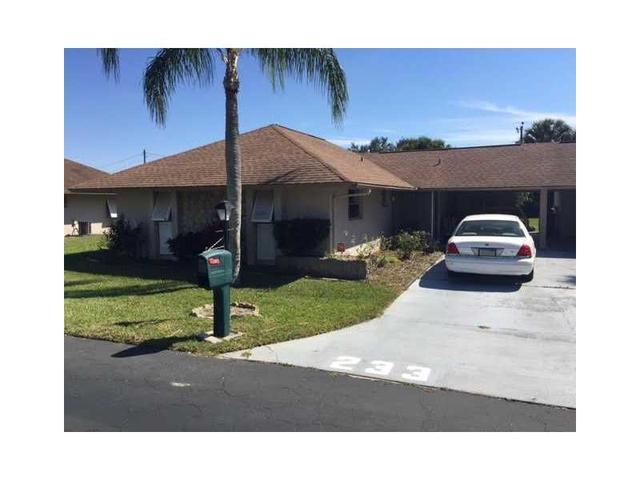 233 Thistle Ct, Lehigh Acres, FL
