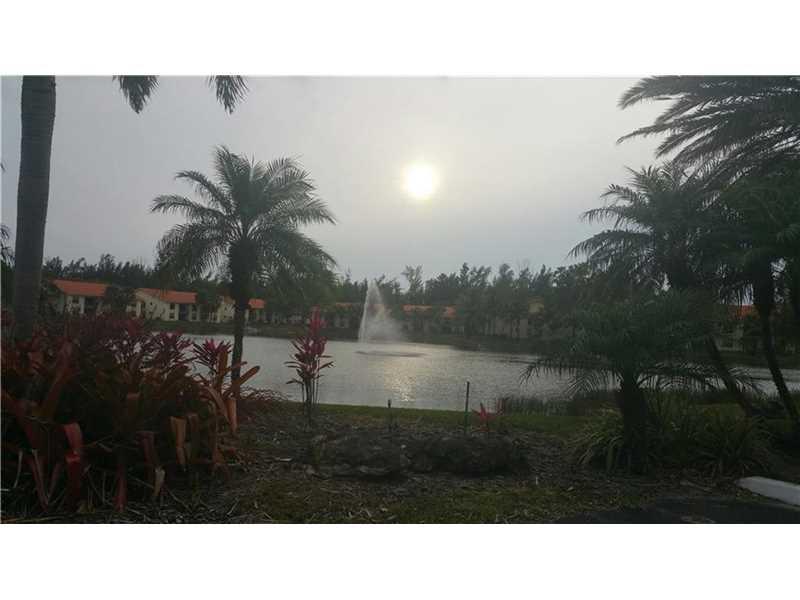 1641 Balfour Point Dr #APT H, West Palm Beach, FL