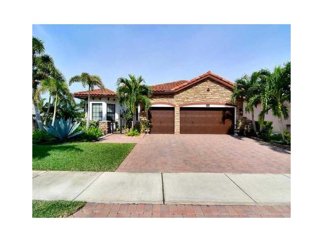 3718 NW 87th Ave, Hollywood, FL