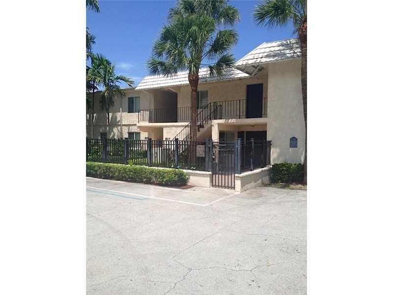 8609 SW 68th Ct #APT 5, Miami, FL