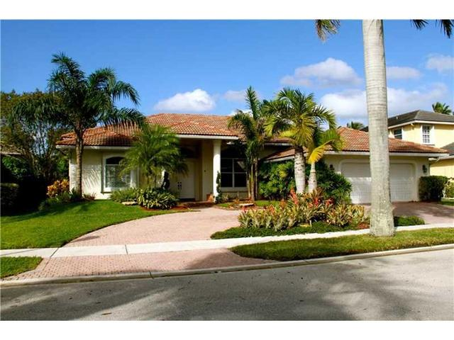 2524 Eagle Run Ct Fort Lauderdale, FL 33327