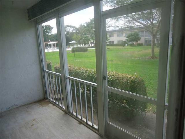 1207 Bahama Bnd #F1, Coconut Creek, FL 33066