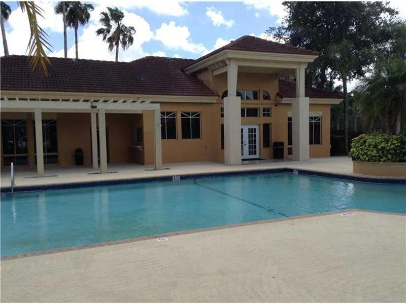 4879 Via Palm Lk #APT 611, West Palm Beach, FL