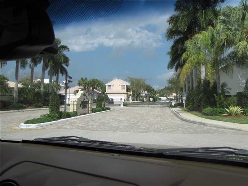 6928 NW 33 Street, Margate, FL 33063