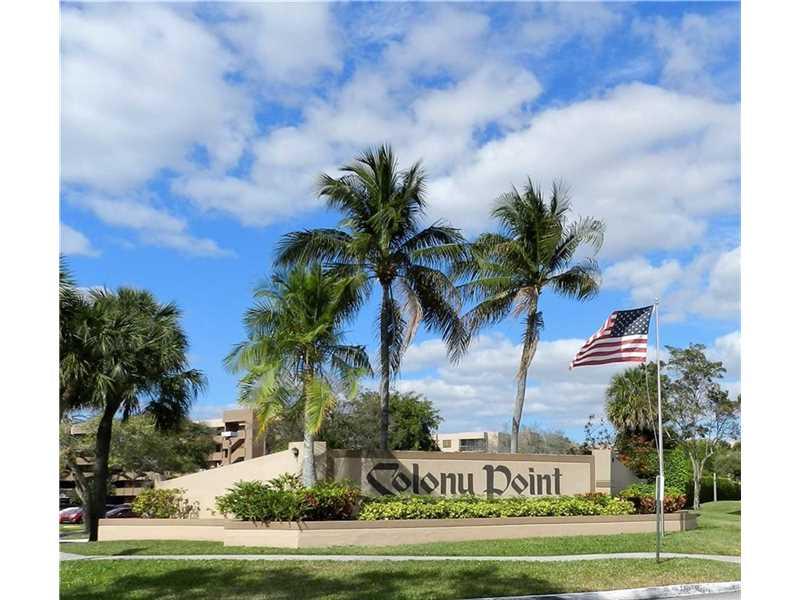 901 Colony Point Cir #APT 108, Hollywood, FL