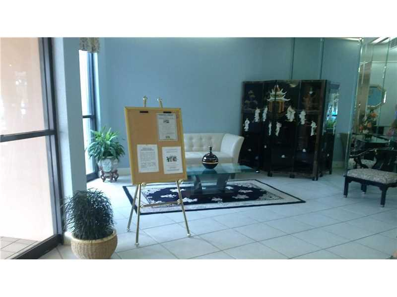 1000 Street Charles Place #316, Pembroke Pines, FL 33026
