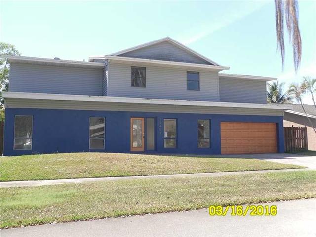 10458 SW 53rd St, Fort Lauderdale, FL