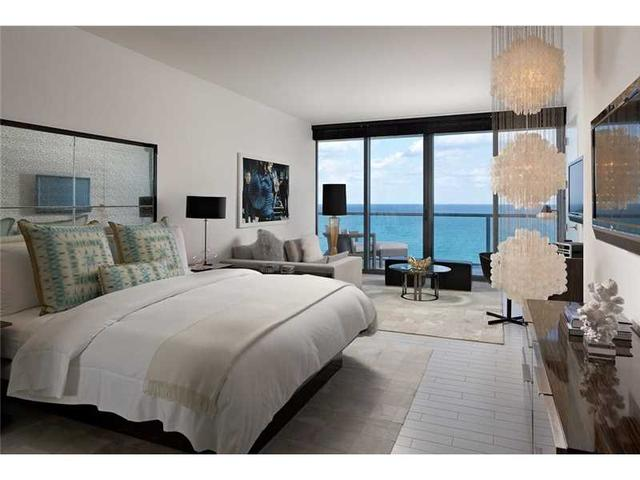 2201 Collins Ave #1428\2, Miami Beach, FL 33139
