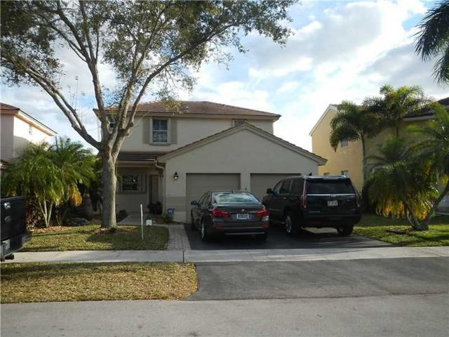 19220 NW 22nd St, Hollywood, FL