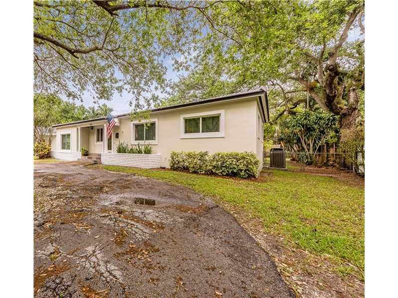 7511 SW 63rd Ct, Miami, FL