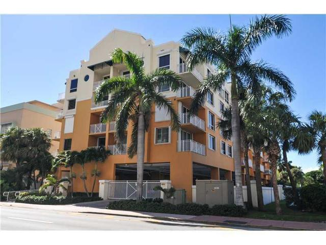 2642 Collins Ave #APT 201, Miami Beach, FL