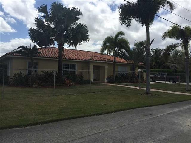18500 SW 266th St, Homestead FL 33031