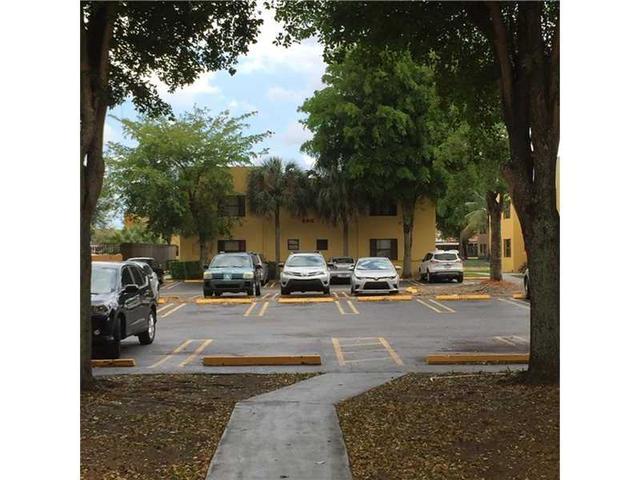 666 NW 114th Ave #APT 204, Miami FL 33172