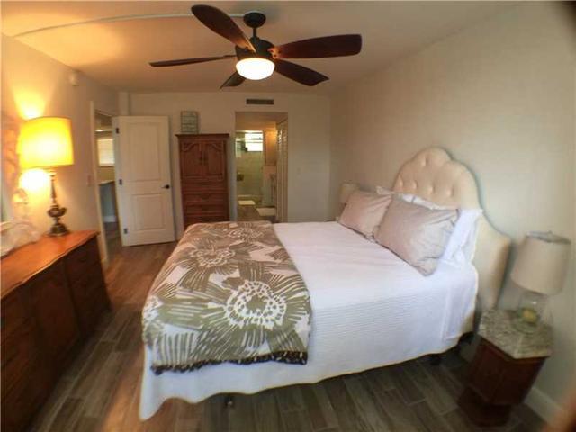 3150 Holiday Springs Blvd #APT 8-210, Pompano Beach, FL