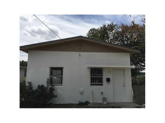 1774 NW 68th St, Miami, FL