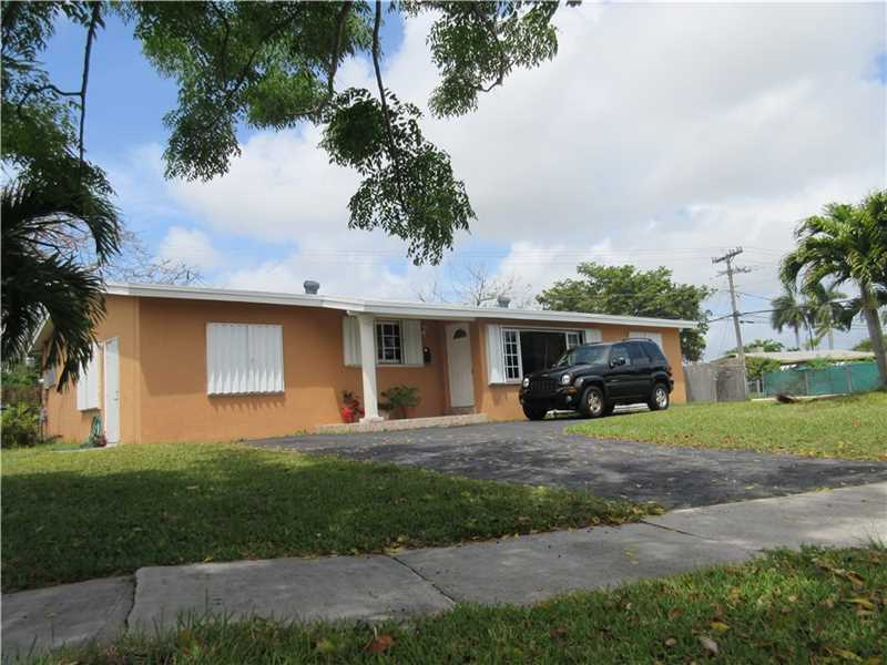 9555 Dominican Dr, Miami, FL