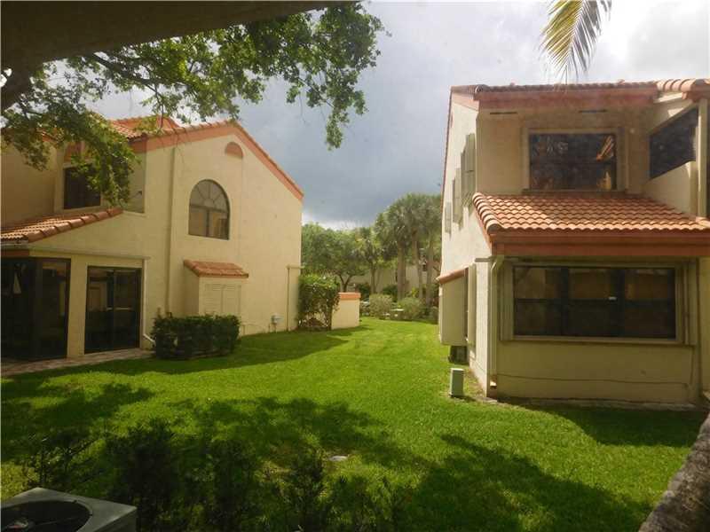 3406 Water Oak Dr #APT 1503, Hollywood, FL
