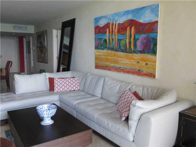 2625 Collins Ave #APT 1206, Miami Beach, FL