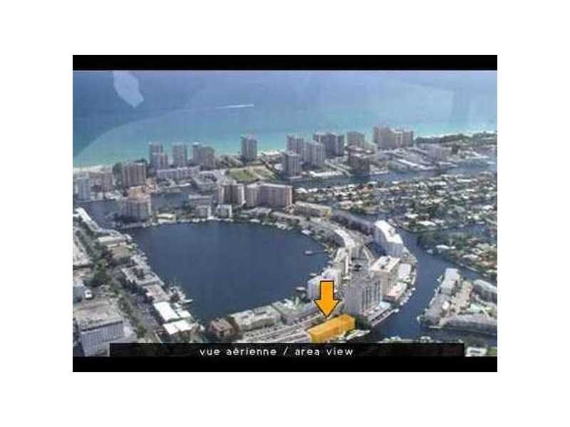 455 Golden Isles Dr #APT 209, Hallandale FL 33009