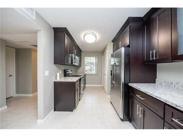 823 Cypress Blvd #APT 101, Pompano Beach, FL