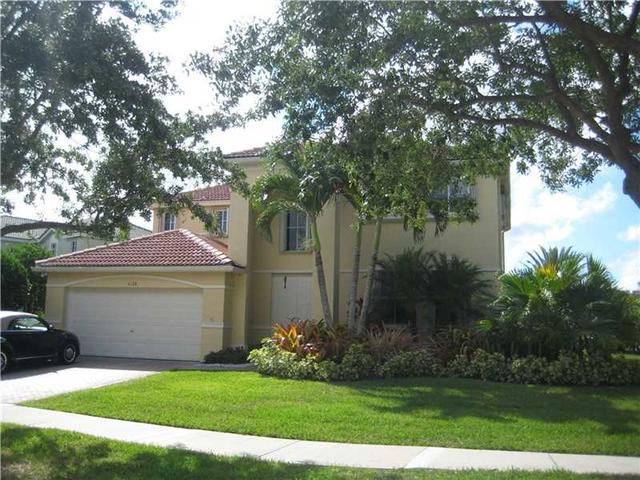 4129 Pinewood Ln, Weston, FL 33331