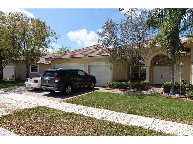 1222 NW 141st Ave, Pembroke Pines, FL