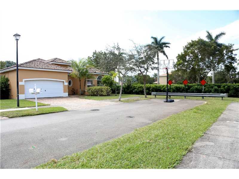 1984 SE 19 Street, Homestead, FL 33035