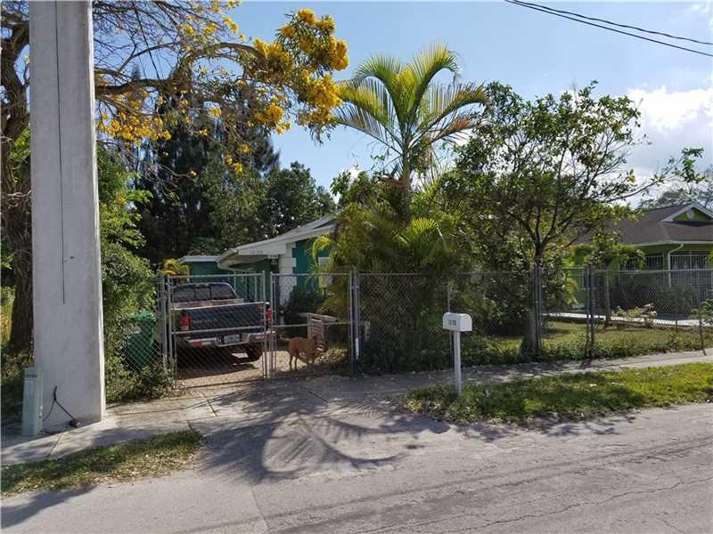 10100 W Indigo St, Miami, FL