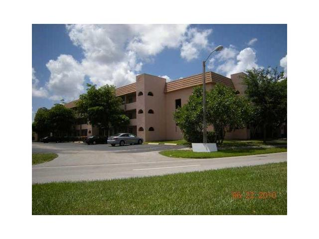 2751 Sunrise Lakes Dr #205, Sunrise, FL 33322