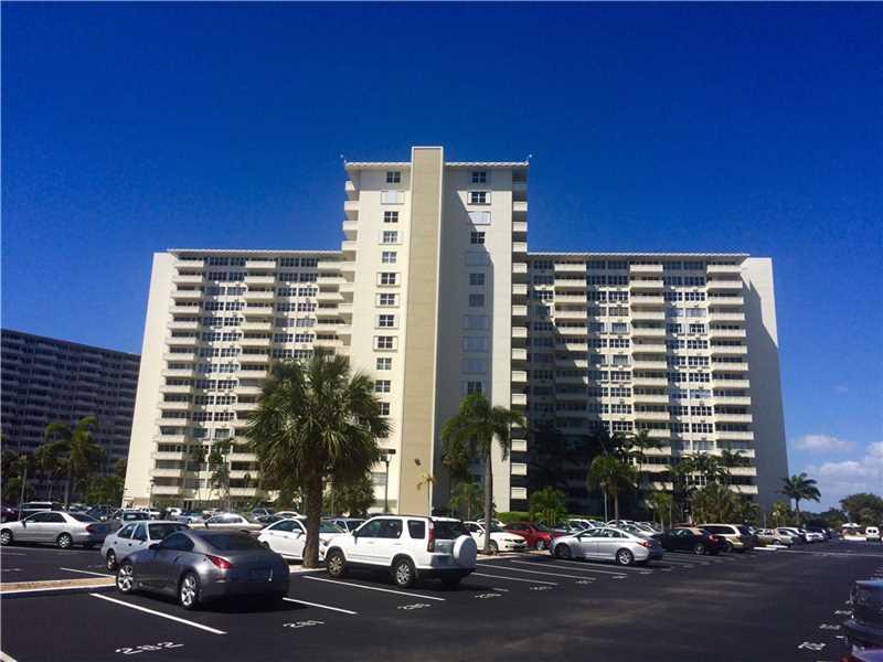 3200 NE 36th St #APT 302, Fort Lauderdale, FL