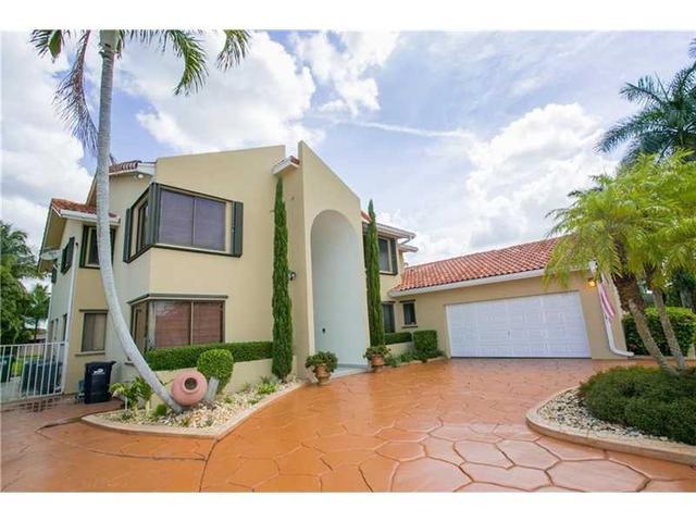 10845 SW 36th St, Miami FL 33165