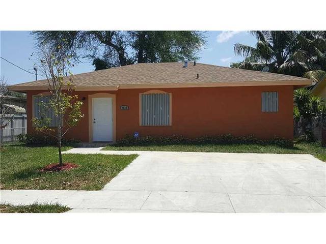 7935 NW 14th Ct, Miami, FL