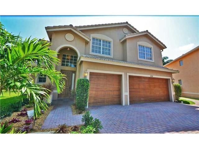 4838 S Modern Dr, Delray Beach, FL 33445