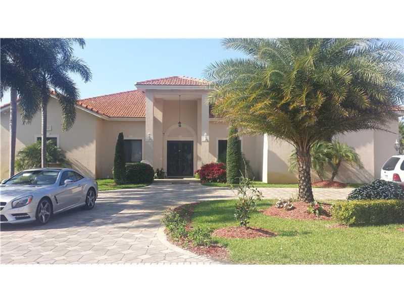 9741 NW 130th St, Hialeah, FL
