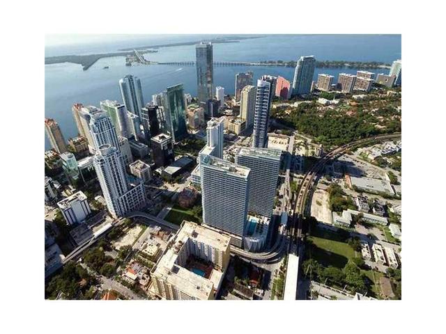79 SW 12th St #2408-S, Miami, FL 33130