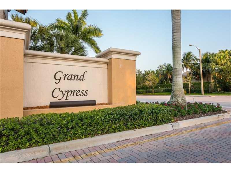 4707 Cypress St #APT 4707, Pompano Beach, FL
