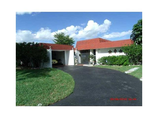 4702 Bayberry Ln, Fort Lauderdale, FL