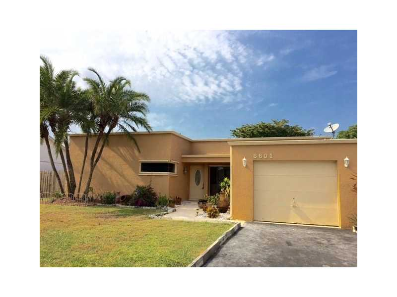 8601 NW 51st Ct, Fort Lauderdale, FL