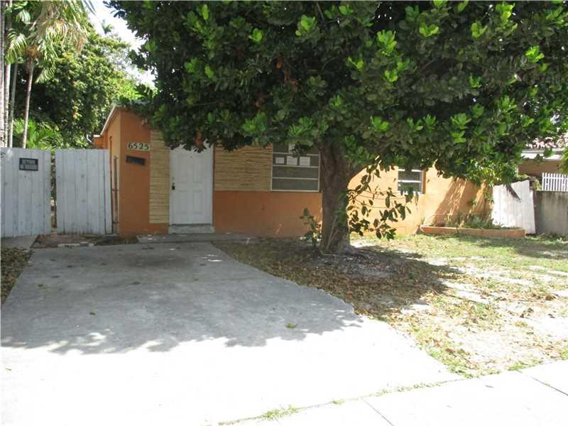6525 SW 6th St, Miami, FL