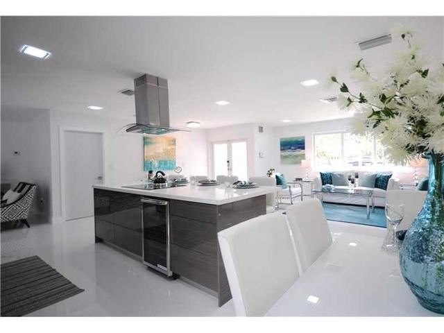 9959 Biscayne Blvd, Miami Shores, FL 33138