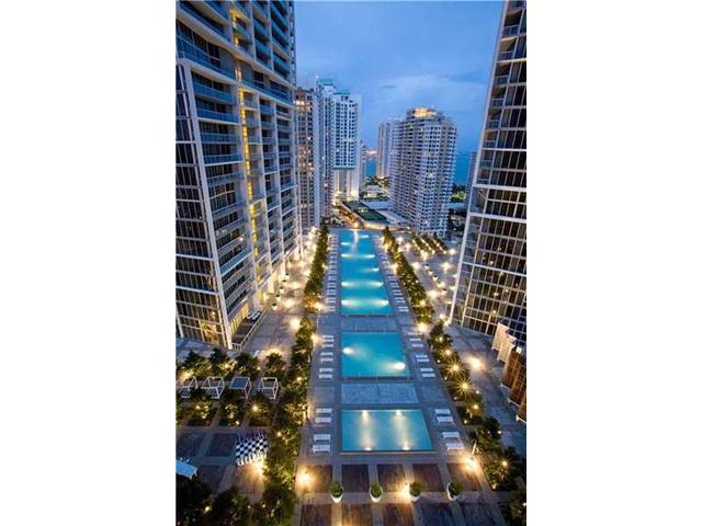 475 Brickell Ave #3008, Miami, FL 33131
