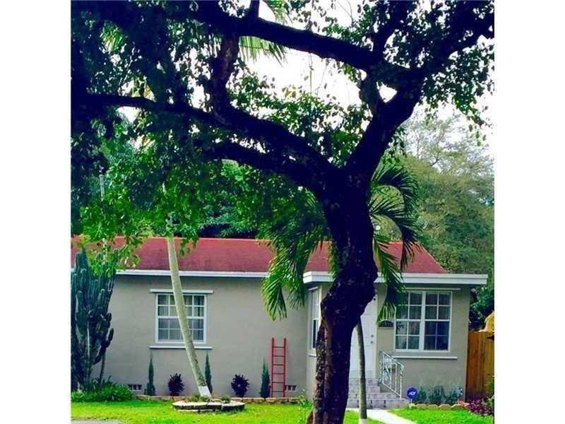 12220 NE 12 Ct, Miami, FL