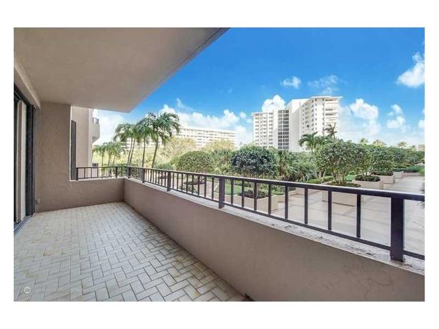 251 Crandon Blvd #205, Key Biscayne, FL 33149