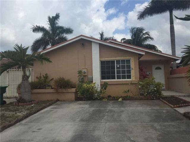 12311 SW 194th St, Miami, FL