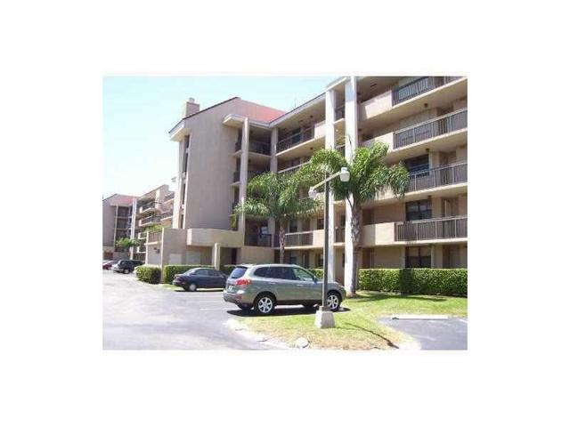 10317 NW 9th Street Cir #APT 502-9, Miami FL 33172