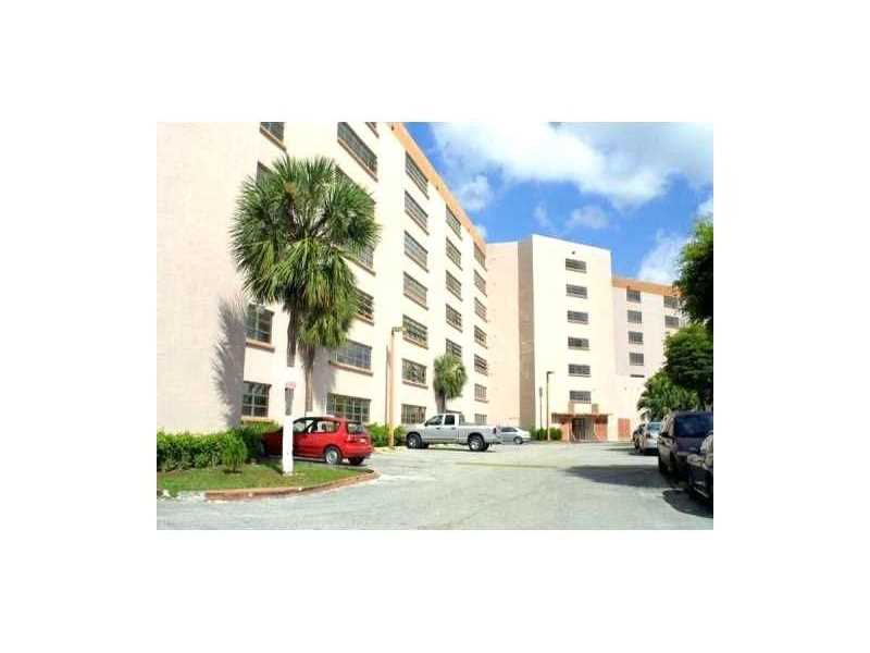 9688 Fontainebleau Blvd #APT 408, Miami, FL