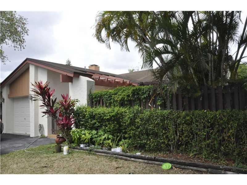 12988 SW 108th Street Cir, Miami, FL