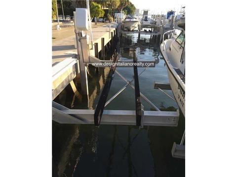 150 SE 25th Rd Dock #13, Miami, FL 33129
