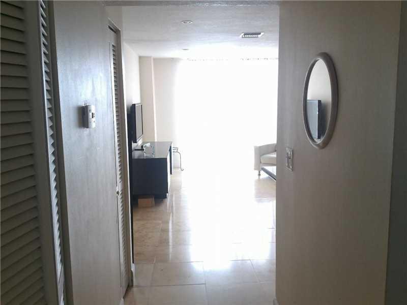 13499 Biscayne Boulevard #PH1704, North Miami, FL 33181