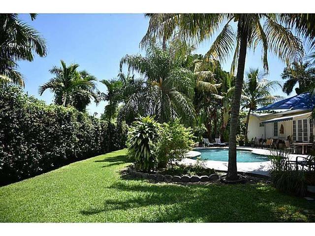 441 NE 115th St, Miami, FL